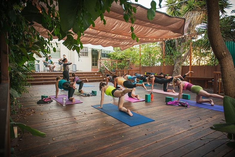 riffs-studios-backyard-yoga-b65987da.jpeg