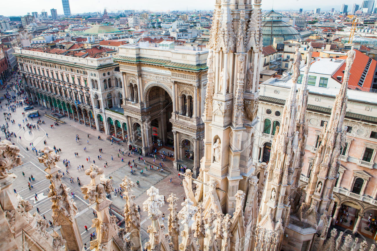 34620810-aerial-view-of-milan-from-duomo-roof-terrace-with-vittorio-emanuele-gallery-italy-stock-photo