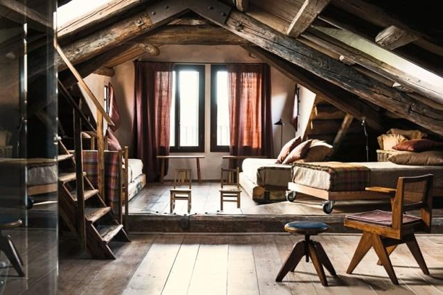 attic-room-at-Casa-Miani-palazzo-San-Pietro-Castello-venice-italy-conde-nast-traveller-23may16-stefano-scata_810x540