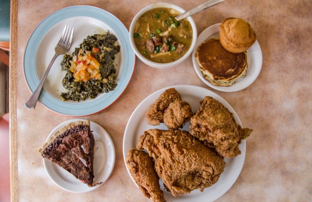 _DSC2449+Arnolds...Fried+Chicken,+Gumbo,+Spicy+Chocolate+Pie,+Collard+Greens